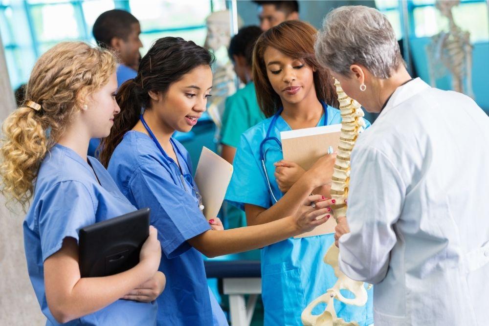 Accelerated nursing programs in Florida